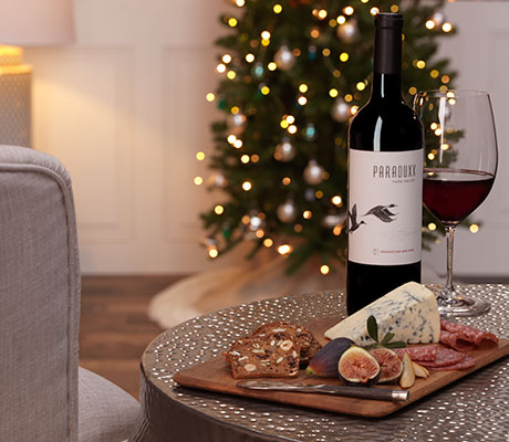 Paraduxx red wine with Christmas tree